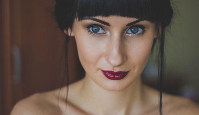 Contactlenzen voor meisje met mooie ogen
